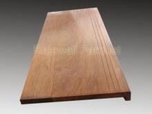 papan kayu merbau